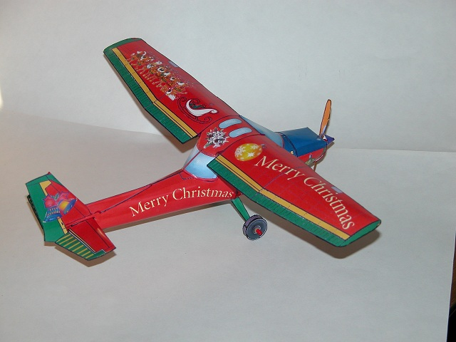 santa clause holiday cessna airplane downloadable paper model